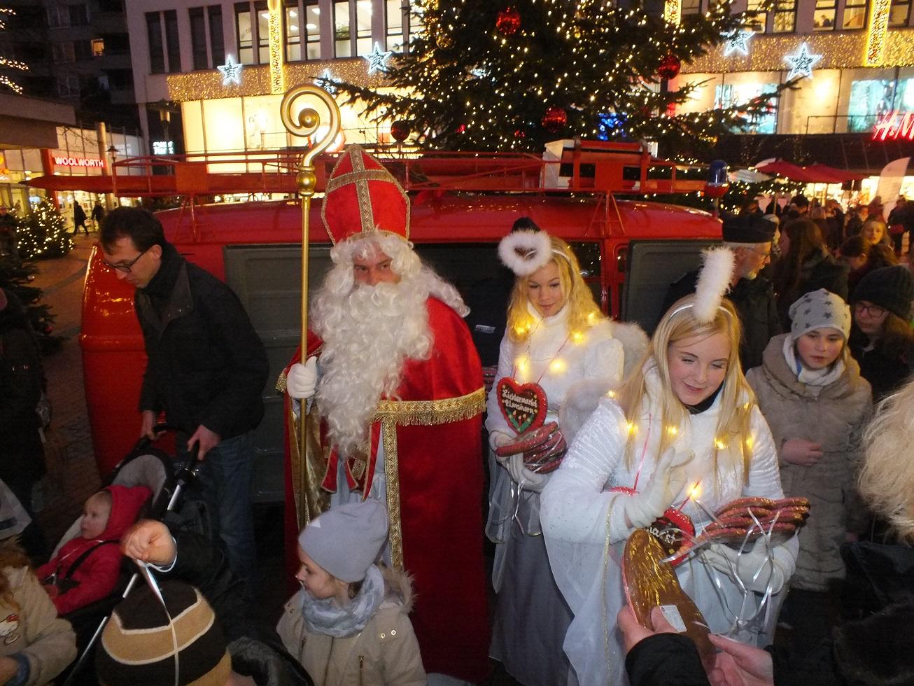 Nikolaus auf dem Lichtermarkt Elmshorn